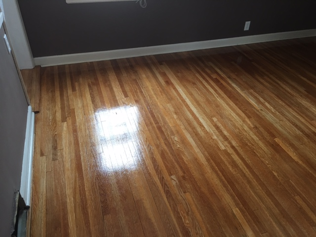 Why you should remove your carpet before your hardwood for Hardwood floor estimate