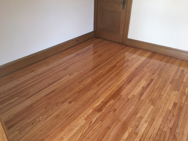 Refinished oak hardwood floors in South Minneapolis